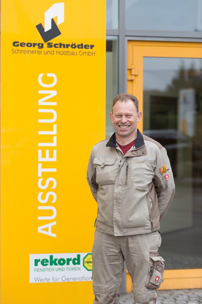 Thomas Tiggemann: Monteur Schreinerei Teammitglied seit: 2009 Schreinergeselle