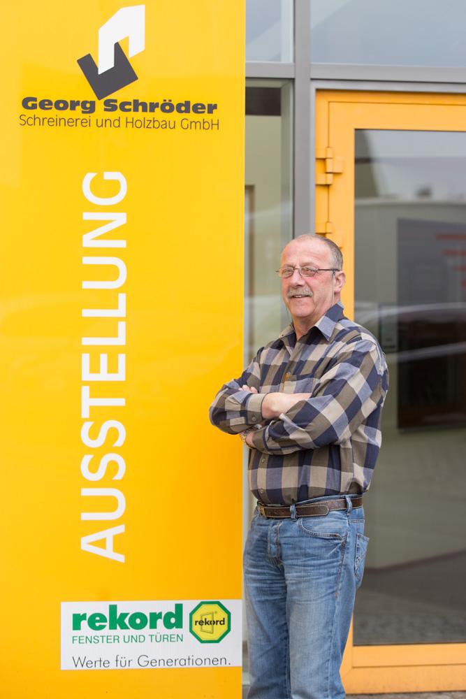 Norbert Klein: Arbeitsvorbereitung Zimmerei Teammitglied seit: 1975 Zimmererpolier und Vorarbeiter