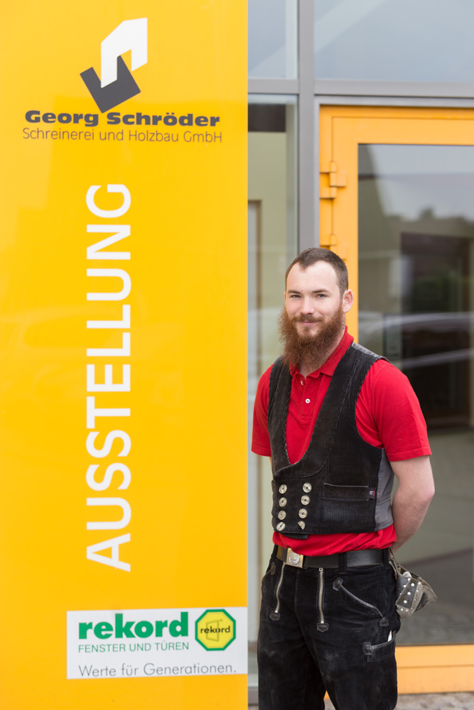 Alexander Christ: Monteur Zimmerei Teammitglied seit: 2015 Zimmerergeselle